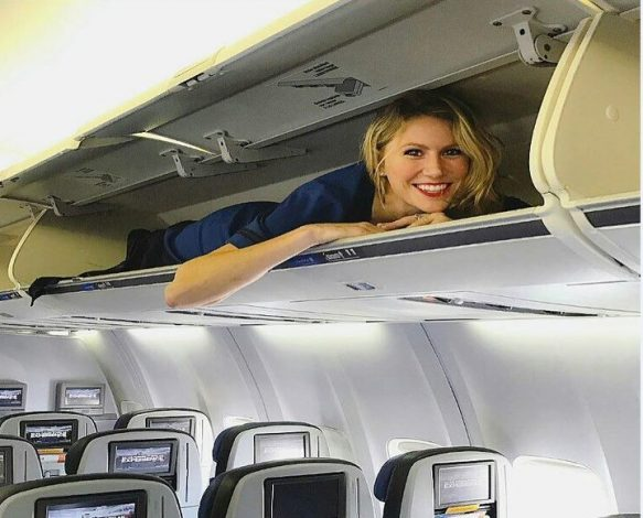 Cheap student flights